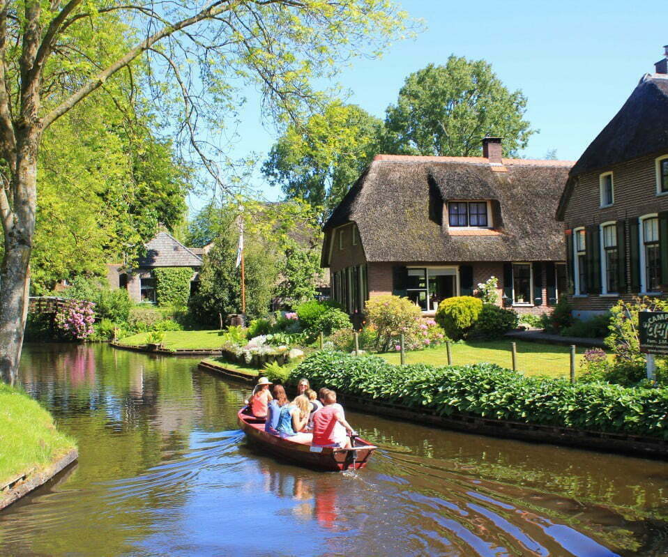 Giethoorn Boat Tour