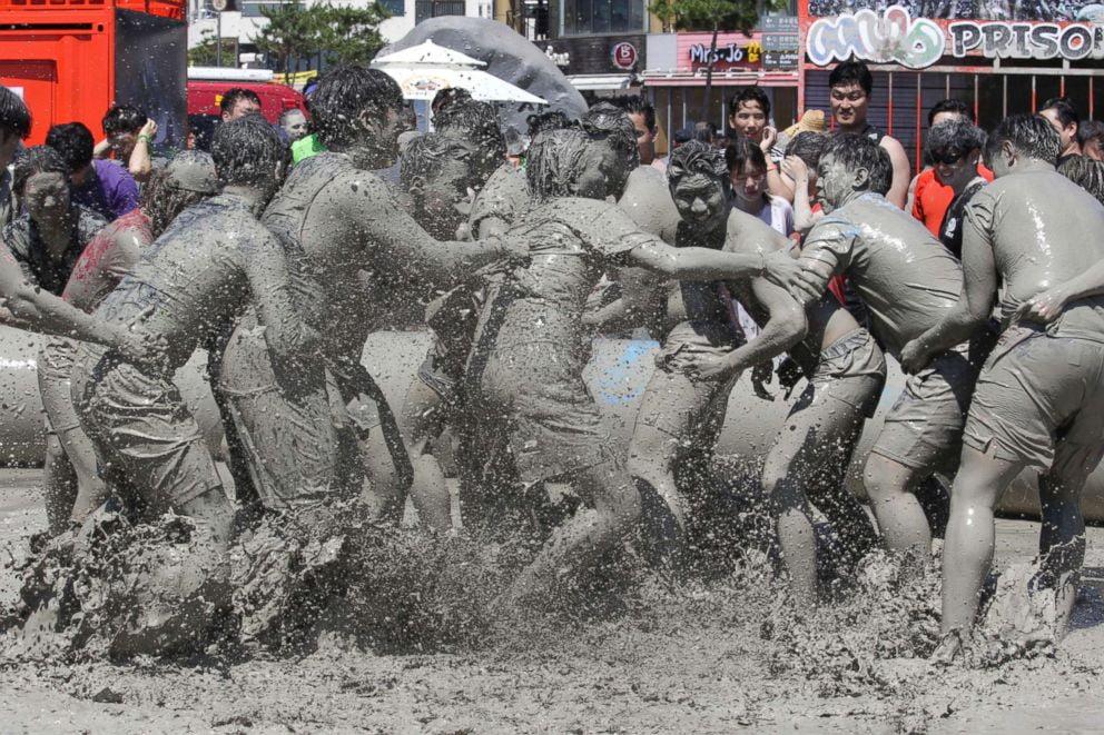 festival aneh